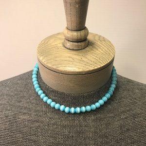 Jewelry - Pearlized blue glass bead necklace